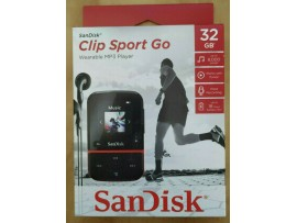 NEW SanDisk Clip Sport Go 32GB Red MP3 Player LCD screen FM RADIO Voice Recorder