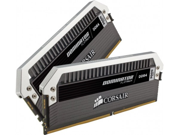 CORSAIR Dominator Platinum 16GB (2x8GB) DDR4 Memory RAM Kit CMD16GX4M2B3000C15